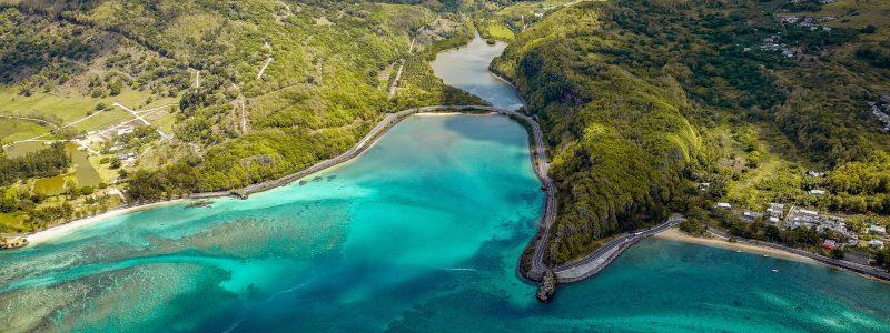 island_aerial_view_ocean_128667_2560x1080